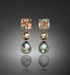 Introduced to the world in the by Salvador Assael, Tahitian Pearls often called Tahitian Black Pearls exude light and a kaleidoscope of colors Pearl And Diamond Necklace, Cultured Pearl Necklace, Pearl Pendant, Cultured Pearls, Tahitian Pearl Earrings, Black Pearl Earrings, Gems Jewelry, Pearl Jewelry, Gemstone Jewelry