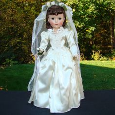 C1950 Breathtaking Margaret Bride Doll Hard Plastic 18 Inch Madame Alexander