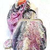 Купить или заказать валяная сумочка+колье'1000 и 1 ночь' в интернет-магазине на Ярмарке Мастеров. Валяный комплект,сумочка и колье-воротник.В работе использованы фрагменты натурального шифона,шерстяные кудри,волокна шелка и вискозы.Частично расшиты бисером,бусинами,а колье еще и крошкой натуральных камней. Внутри сумочки подкладка и карман на резинке,застежка рамочный замок,так же в комплекте цепочка на карабинах. Воротник-колье,оригинальная,модная вещица украсит даже самый простой на...
