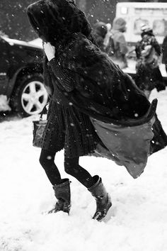 OMG, her cloak. At Ralph Lauren This Snowy Morning - The Sartorialist