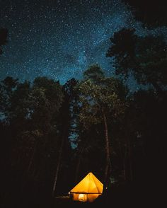 🔭✨Check our Dark Sky Map of Hipcamps, perfect for stargazing. Camping Photo, Tent Camping, Bell Tent, Light Pollution, Dark Skies, Summer Ideas, Concert Posters, Stargazing, Cant Wait