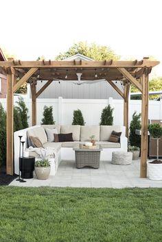 Pergola patio, garden seating и backyard landscaping. Diy Pergola, Backyard Pergola, Backyard Landscaping, Pergola Ideas, Patio Ideas, Backyard Ideas, Landscaping Ideas, Diy Patio, Pergola Decorations