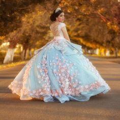 b952d8e04 68 mejores imágenes de Vestidos de quinceañera hermosos y modernos ...