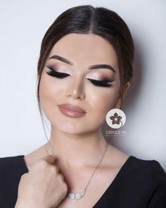 Likes, 9 Comments - Gelin Sac Makiyaj/ Wedding ( on In. Lip Makeup Tutorial, Eyeliner Tutorial, Makeup Tips, Beauty Makeup, Hair Makeup, Bridal Makeup Looks, Wedding Makeup, Everyday Eyeliner, Colorful Makeup