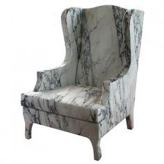 O designer Maurizio Galante apenas aplicou um belo tecido com estampa de mármore.