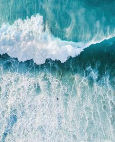 "9,892 Likes, 82 Comments - Be Bold. Explore. (@visualsofearth) on Instagram: "": @itchban It's you against the ocean. #visualsofearth"""