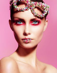 Photographer: JonasJ.com, Makeup: Sidsel Marie Bøg, Model: Nina Lund / Scoopmodels, Accessories by Line Sara