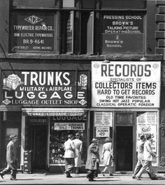 And there was something called hard to get records. 1940s, Photo New York, A New York Minute, Vintage New York, Hard To Get, Vintage Photographs, Historical Photos, Old And New, Old Photos