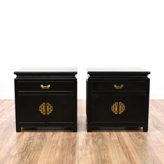 This pair of asian style nightstands are featured in a solid wood with a glossy black lacquered finish. These end tables have 1 drawer, a large interior cabinet and shiny brass hardware. Unique bed side tables with tons of storage! #asian #dressers #nightstand #sandiegovintage #vintagefurniture