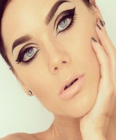 trucco occhi intenso Best Contact Lenses for Dark Brown Eyes