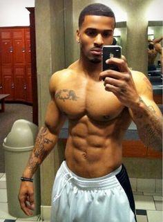 50 Sexy HOT Black Men In Pictures Worth Seeing! Men In Black, Hot Black Guys, Handsome Black Men, Black Bee, Black Is Beautiful, Gorgeous Men, Beautiful People, Dark Man, Hot Guys
