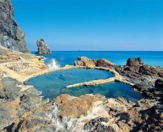 10 Famous Hot Springs for You to Visit in the Kyushu Region | tsunagu Japan