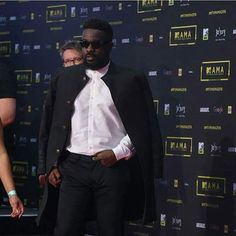 VIDEO: Sarkodie On Mtv Mama 2016 Red Carpet   It is without doubt that African music is the new wave across the globe with the Western world paying much more attention to music from the motherland. Apart from Afrobeats which seem to be at the forefront hip hop is also gaining some grounds and multi award-winning Ghanaian rapper and CEO of SarkCess Music home to Akwaboah believes theres a distinct reason African hip hop is being patronized now more than ever. Answering questions on the recent…