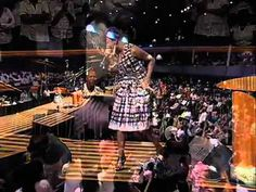 Le'Andria Johnson Jesus Live @ MT. Zion....I cry every time I listen to this song. <3