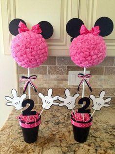 Minnie Mouse centerpieces
