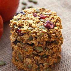 Pumpkin Breakfast Cookies (gluten free, clean eating) - Leelalicious http://leelalicious.com/