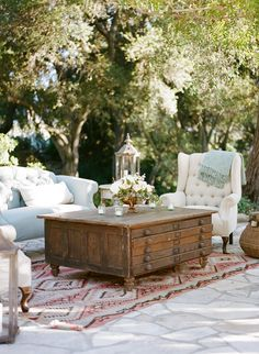 LOVE THIS TABLE! Wonderful outdoor living.