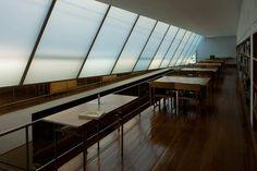 Alvaro Siza - © LeonL, Escuela de Arquitectura de Oporto, Porto, Portugal