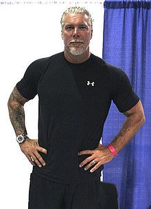 Kevin Nash, looks much better here than in Magic Mike