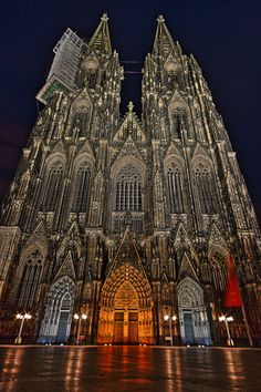 Kölner Dom bei Nacht, HDR Foto