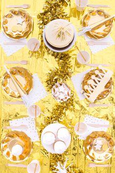 Gold Birthday Party Theme Decoration 2