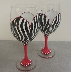 @Miranda Hines omg I love this one Painted Wine Glasses
