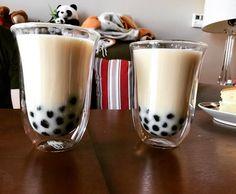 #Repost @bellevue_foodie Earl grey bubble tea  served with vanilla sponge cake  #earlgrey #tea #bubbletea #boba #bobatea #tapioca #milktea #foodie #foodporn #bellevuefoodie