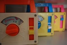 """Vintage - Fisher Price - Mine played """"Somewhere over the Rainbow"""" and I carried it everywhere! Jouets Fisher Price, Fisher Price Toys, Vintage Fisher Price, 90s Toys, Retro Toys, Vintage Toys, My Childhood Memories, Childhood Toys, Sweet Memories"""
