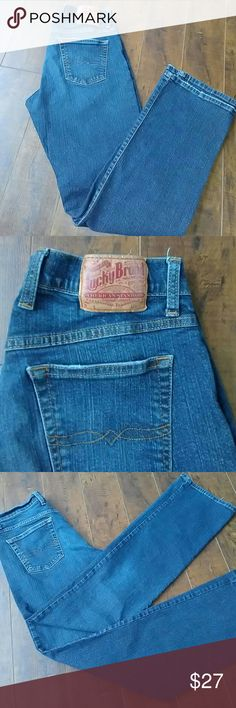 Lucky Brand Classic fit Dungaree Jeans Excellent Condition  Classic fit Size 6/28 L 31 Waist measures 14 across F rise 8 1/2 B rise 13 Lucky Brand Jeans