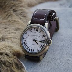 Rome Numerals Marks Hand Made Leather Band Bracelet Watch