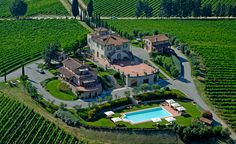 Tips for a farm stay in Tuscany with kids. The best option for independent families with apartment or villa-style units plus services and other families.
