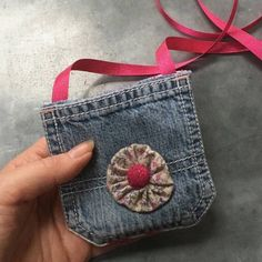 Upcycled denim pocket bag 💙