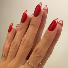 𝖎𝖘𝖆𝖇𝖊𝖑𝖑𝖆 ✧・゚: * - Modetrends - Nageldesign - Nail Art - Nagellack - Nail Polish - Nailart - Nails - Cute Acrylic Nails, Cute Nails, Pretty Nails, My Nails, Red Tip Nails, Weird Nails, Cute Almond Nails, S And S Nails, Glitter Nails
