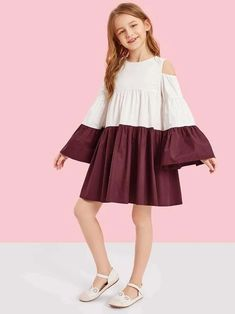 To find out about the Girls Cold Shoulder Two Tone Smock Dress at SHEIN, part of our latest Girls Dresses ready to shop online today! Kids Outfits Girls, Cute Girl Outfits, Little Girl Dresses, Girls Dresses, Girls Fashion Clothes, Kids Fashion, Fashion Outfits, Fashion Fashion, Stylish Dresses