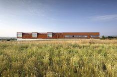 Pearl Izumi North American Headquarters  / ZGF Architects