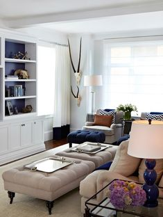 White, beige and navy living room  | Chango & Co