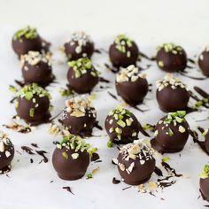 Cakes in the city: Chocolats de Noël | Bouchées aux amandes