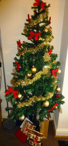 Have a lovely Christmas time, full of love & peace close to your loved ones! Love, Thaís  Um maravilhoso Natal pra vocês, com muito amor paz e saúde, que o resto a gente corre atrás!  Beijo enorme, com saudade dos meus!   #merryxmas #xmas #Natal #festivities #love #family #friends #peace #feliznatal #amor #amigos #família #saúde #paz