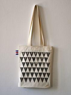 taška z bavněného plátna / kolekce brambora geometric/ vel.S / no.7 :: Detail produktu :: Chilli Design - Berries