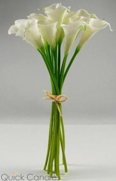 Real touch hand-tied calla lily bud wedding bouquet in white. Bouquet has 12 calla lilies and is tied with a raffia bow. Natural Touch Flowers are the very bes Calla Lily Flowers, Calla Lily Bouquet, Calla Lillies, Sola Flowers, Lily Wedding, Wedding Bouquets, Wedding Flowers, Lys Calla, Lily Centerpieces