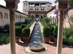 MÚSICA ANDALUSÍ - Mi agua es perlas fundidas  (Ibn Zamrak, 1333 - 1393)