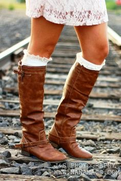 Adorable tan outlaw zipper back boots