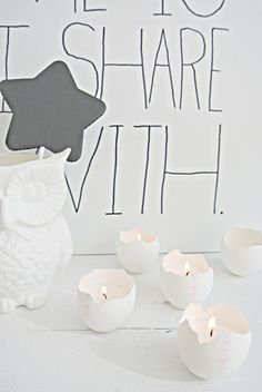 Paas lichtjes Happy Easter, Easter Bunny, Easter Eggs, Spring Crafts, Diy For Kids, Party Time, Creations, Place Card Holders, Diy Crafts