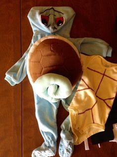 DIY instructions for making a Pokemon Go-inspired Squirtle costume Halloween 2015, Halloween Costumes For Kids, Halloween Crafts, Halloween Ideas, Halloween Night, Pokemon Halloween, Baby Pokemon, Pokemon Party, Family Costumes