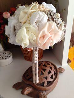 Buque de flores de tecido 100% artesanal