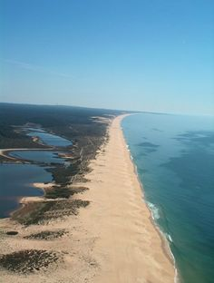 Portugal, Santiago do Cacem, Beach in Lagoa de St.André