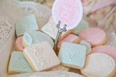 vintage-pink-doily-tea-party