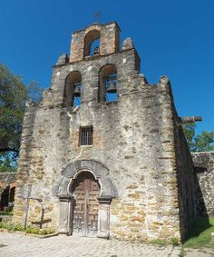 Mission Espada is one of the southernmost of the Spanish missions clustered near San Antonio. (Photo by Jon Donley)