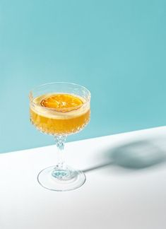 Think refreshing cocktails packed with orange, grapefruit, lemon, and lime are f… – Sandwich Food Photography Styling, Food Styling, Life Photography, Cocktail Photography, Drink Photo, Silvester Party, Refreshing Cocktails, Orange, Food Design