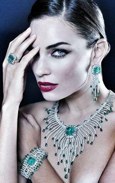 Luxury Diamonds & Emeralds. Emeralds always looks so #glam to me